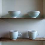 青白磁マグカップと飯茶碗